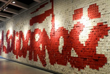 The Solidarność Movement: Demands on the Wall