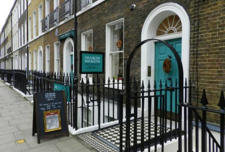 Weekend Visit to a Museum, Result Happiness: The Charles Dickens Museum London