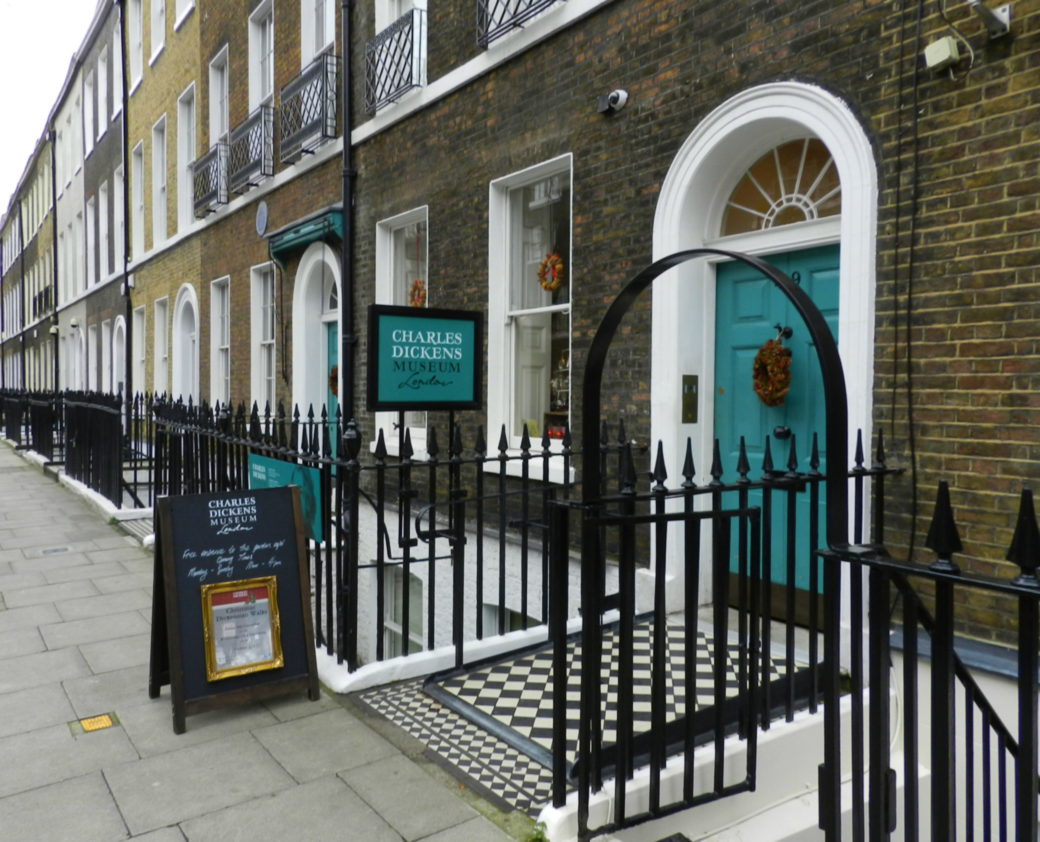 The Charles Dickens Museum London: Weekend Visit to a Museum, Result Happiness:
